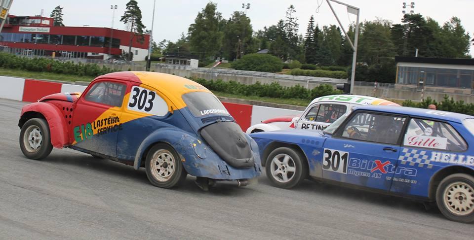 Maiken tok starten foran Betina og Gitte Heller i dameklassen. Foto: Terese Viken Iversen